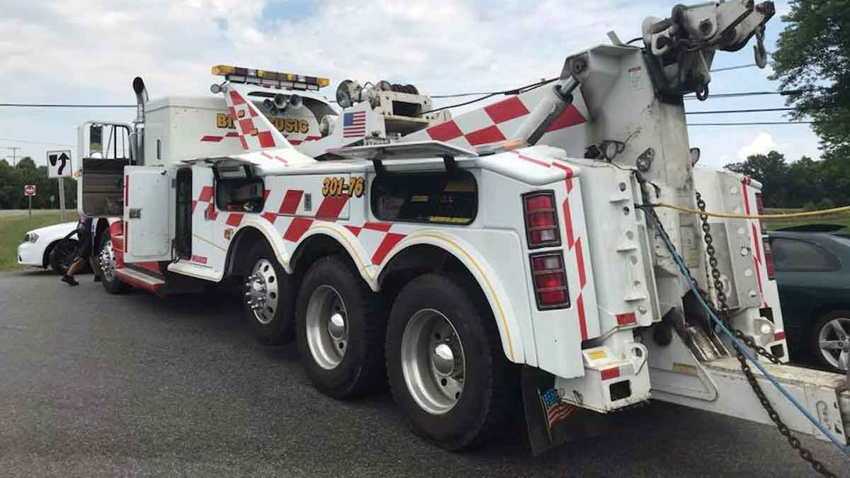 Heavy Towing Service South Maryland